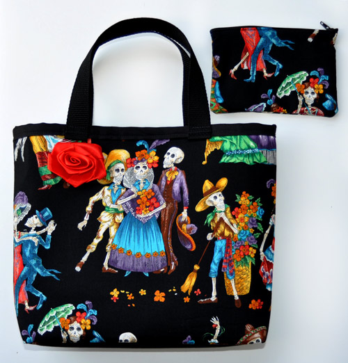 Paseo de los Muertos Purse with Red Rose and Matching Makeup Bag